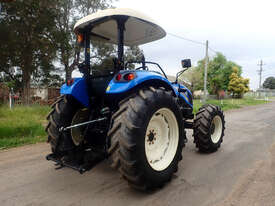 New Holland TD5.90 FWA/4WD Tractor - picture1' - Click to enlarge