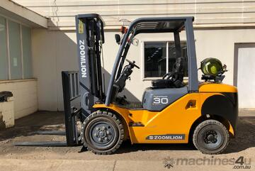 Dual Fuel Container Access 3.0t Zoomlion Forklift