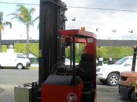 ELECTRIC REACH TRUCK 6500MM TO 8500MM LIFT  - picture5' - Click to enlarge