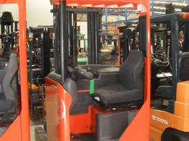 ELECTRIC REACH TRUCK 6500MM TO 8500MM LIFT  - picture0' - Click to enlarge