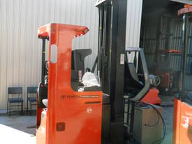 ELECTRIC REACH TRUCK 6500MM TO 8500MM LIFT  - picture7' - Click to enlarge