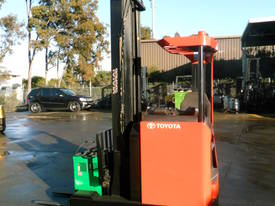 ELECTRIC REACH TRUCK 6500MM TO 8500MM LIFT  - picture8' - Click to enlarge