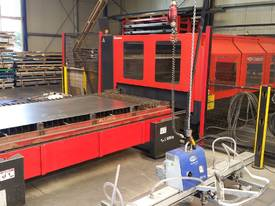 Amada FO 3015 4kW (2005) - picture1' - Click to enlarge