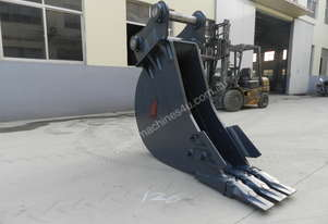 Roo Attachments  30-35 Tonne Trenching Bucket 450mm