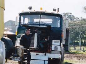 SCAMMELL  PRIME MOVER 8V92 GM - picture1' - Click to enlarge
