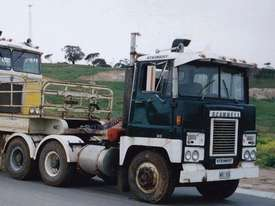 SCAMMELL  PRIME MOVER 8V92 GM - picture2' - Click to enlarge