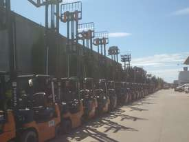 TOYOTA DIESEL 7 SERIES 2.5 TON CONTAINER MAST  - picture4' - Click to enlarge