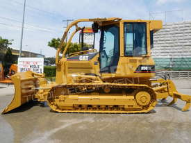 D5G XL Dozers Screens & Sweeps DOZSWP - picture4' - Click to enlarge