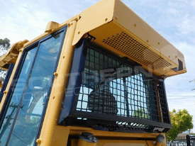 D5G XL Dozers Screens & Sweeps DOZSWP - picture2' - Click to enlarge