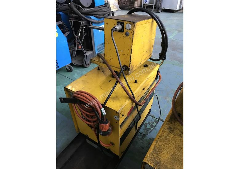WIA MIG Welder Weldmatic Fabricator 320 amps 415 Volt with Seperate Wire Feeder