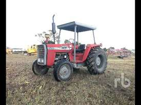 MASSEY FERGUSON 550 2WD Tractor - picture0' - Click to enlarge