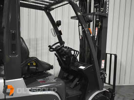 Nissan P1F 1.8 tonne forklift Sydney 5.5m Lift Height LPG  - picture5' - Click to enlarge