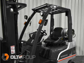 Nissan P1F 1.8 tonne forklift Sydney 5.5m Lift Height LPG  - picture11' - Click to enlarge