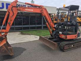Hitachi Zaxis ZX35U-2 Excavator - picture0' - Click to enlarge