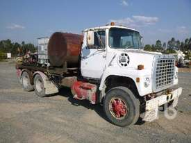 FORD 8000 Service Truck - picture0' - Click to enlarge