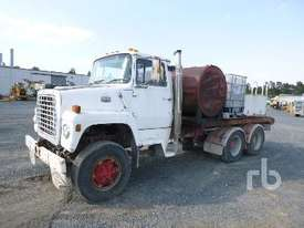 FORD 8000 Service Truck - picture2' - Click to enlarge