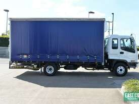 2005 ISUZU FRR 550 Tautliner   - picture6' - Click to enlarge