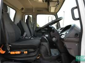 2005 ISUZU FRR 550 Tautliner   - picture10' - Click to enlarge