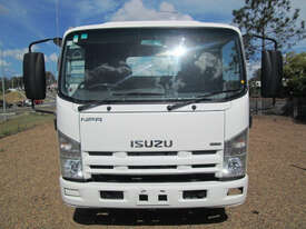 Isuzu NPR275 Service Body Truck - picture4' - Click to enlarge