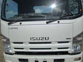 Isuzu NPR275 Service Body Truck - picture10' - Click to enlarge