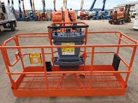 46ft JLG straight stick boom lift - picture0' - Click to enlarge