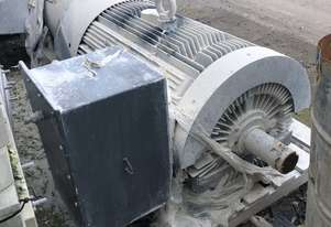 250 kw 335 hp 6 pole 985 rpm 3300 volt Foot Mount 355 frame Toshiba AC Electric Motor