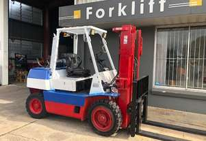 4.0T LPG CONTAINER ENTRY FORKLIFT