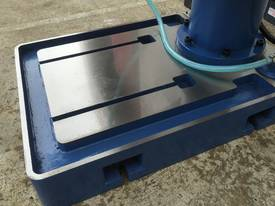 50mm Industrial Series � Power Table, Tapping - picture13' - Click to enlarge