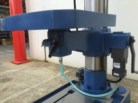 Heavy Duty 50mm Capacity Industrial Drill With Power Table Up & Down - picture4' - Click to enlarge
