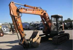 HITACHI EX135UR EXCAVATOR *WRECKING*