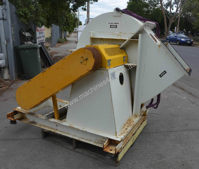 Large material handling dust extraction ventilatio