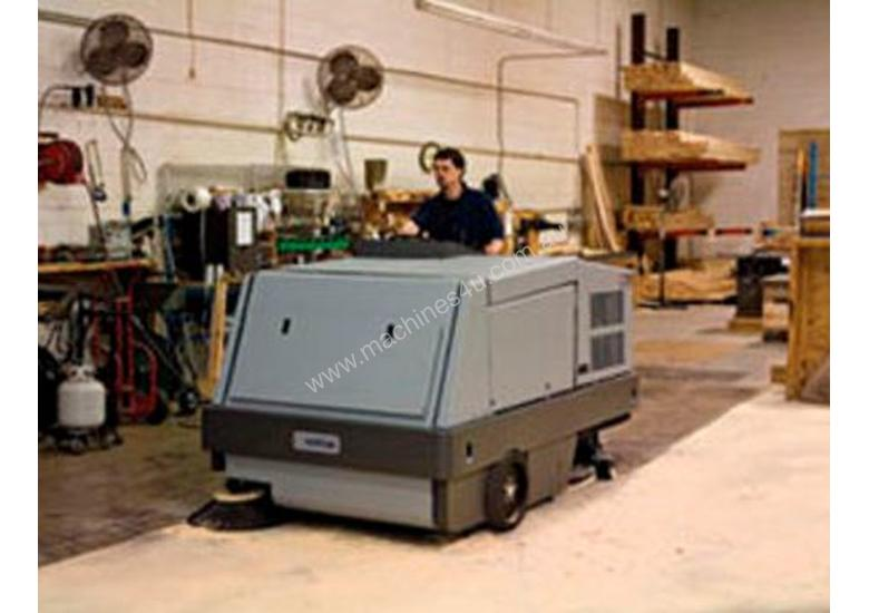 Nilfisk Combination Ride On Sweeper Scrubber Dryer CR1500