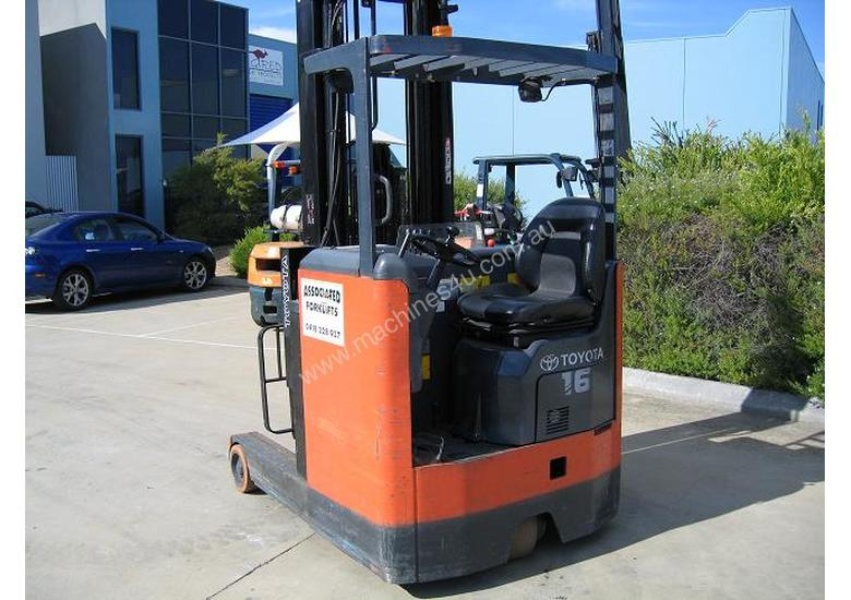 TOYOTA Reach Truck  6.5 mtr lift **LOW HOURS**
