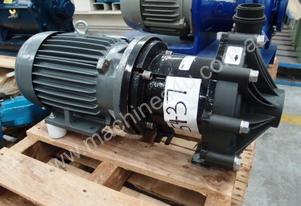 Magnetic Chemical Transfer Pump IN/OUT: 50mm Dia