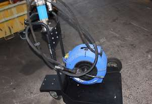 PRESSURE-FLO 3:1 OIL PUMP TR205 TROLLEY