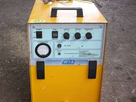WIA ON-GUN FUME EXTRACTOR portable welding  - picture2' - Click to enlarge