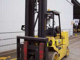 Hyster 7T Counterbalance Forklift - picture1' - Click to enlarge