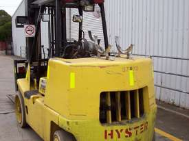 Hyster 7T Counterbalance Forklift - picture2' - Click to enlarge