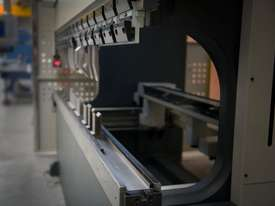 Haco Euromaster S Pressbrake 3.6m x 150T In Stock - picture2' - Click to enlarge