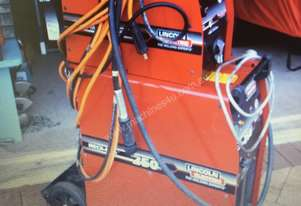 Lincoln Mig  Welder  Machine
