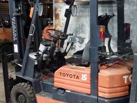 Toyota 5FG15 Forklift Container Entry Mast Great Value - picture1' - Click to enlarge
