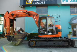 15.0 Tonne Excavator available for HIRE - Hitachi ZX135