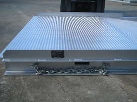 FORKLIFT CONTAINER RAMP - picture1' - Click to enlarge