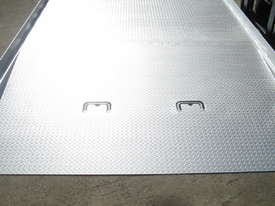 FORKLIFT CONTAINER RAMP - picture2' - Click to enlarge