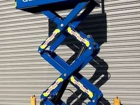 USED 8FT SCISSOR LIFT - picture3' - Click to enlarge