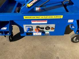 USED 8FT SCISSOR LIFT - picture10' - Click to enlarge