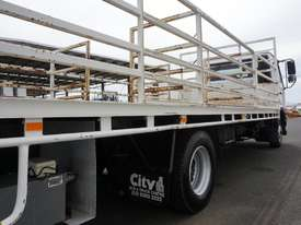 2010 Nissan UD MK6 Automatic Tray Truck - picture11' - Click to enlarge