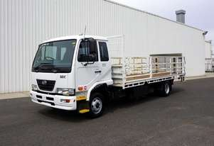 2010 Nissan UD MK6 Automatic Tray Truck