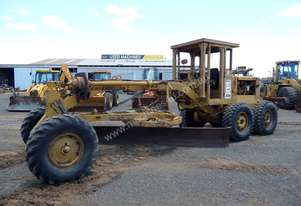 1970 Caterpillar 14E Grader *CONDITIONS APPLY*