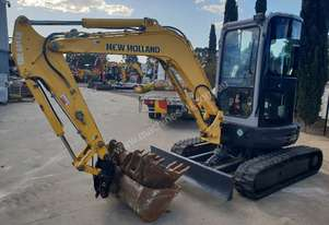 NEW HOLLAND E35B EXCAVATOR WITH FULL A/C CABIN, QUICK HITCH AND BUCKETS